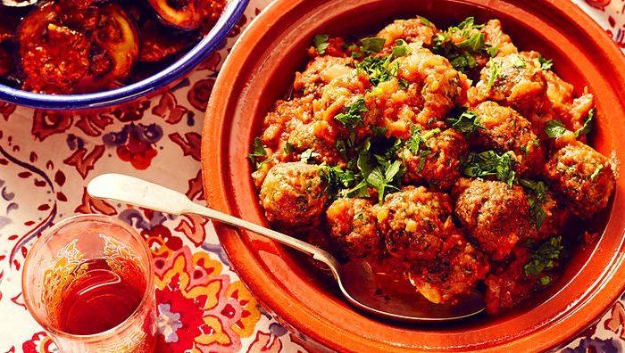 Recette de tajine de kefta au poulet et couscous épicé